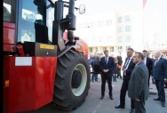 OPENING OF THE TRAINING CLASS OF ROSTSELMASH COMBINE FACTORY